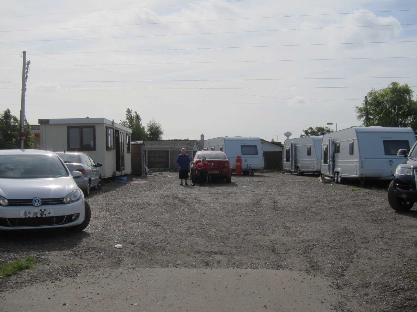 Maidstone Traveller's Camp Dale-Farm_UK_Protest-Camp-against-eviction-06_deconcrete2011.jpg